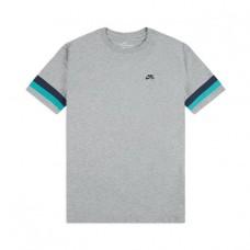 Camiseta Manga Corta Nike SB Sleeve Stripe Gris
